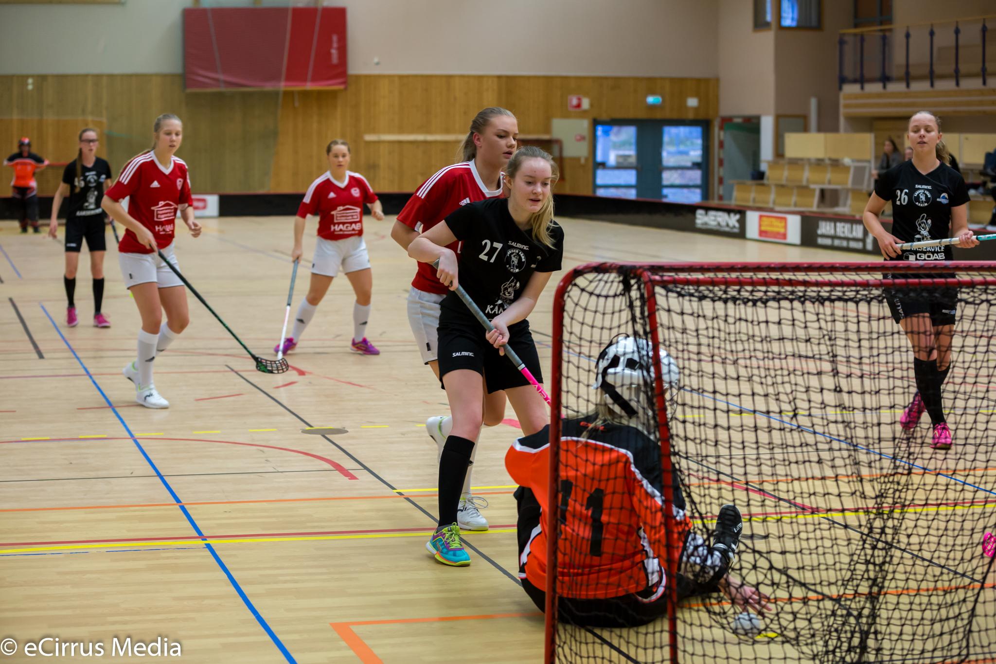 2017-10-21-HovslättsIK-LindåsIBKIBKAlingsås-4663